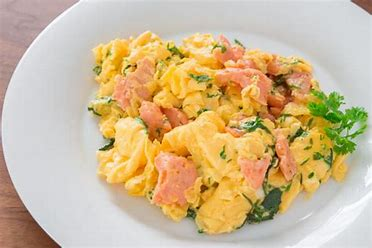 egg and salmon is a bealthy breakfast